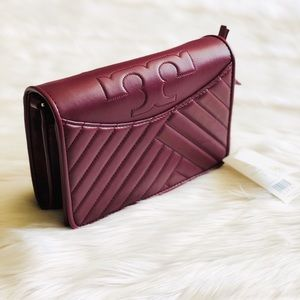 NWT Tory Burch Alexa burgundy quilt crossbody bag